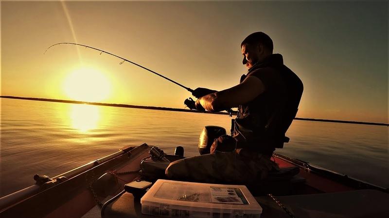 Рыбалка с Ночёвкой И Приключения на Яузе. Копчёный Судак в Биксе .Ловля на Джиг. Как же ХОРОШО!