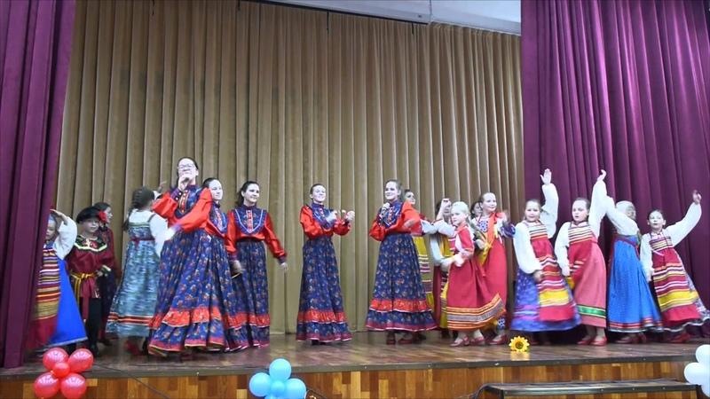 Плясовая песня Кала церкви шла Ансамбль народной песни Млада