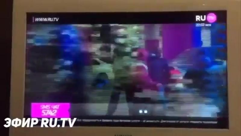 Тимати зацензурили в клипе