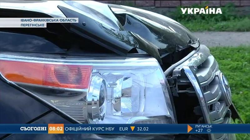 На Прикарпатті пенсіонер загинув під колесами автомобіля начальника обласної поліції