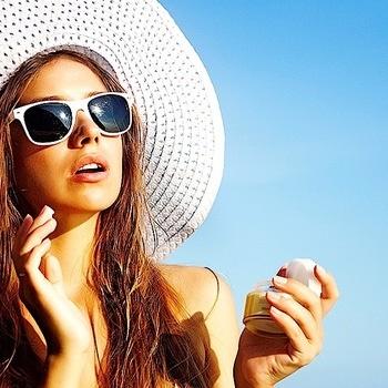 Какая связь между солнцезащитным кремом и раком?