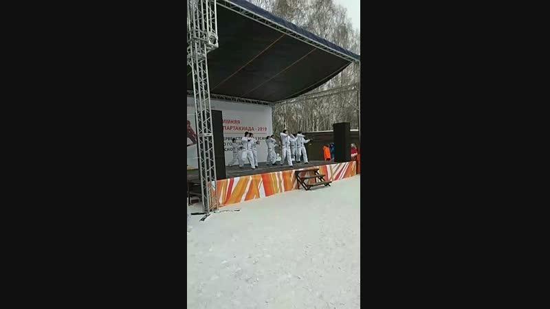 открытие соревнований по скоростному спуску с горы