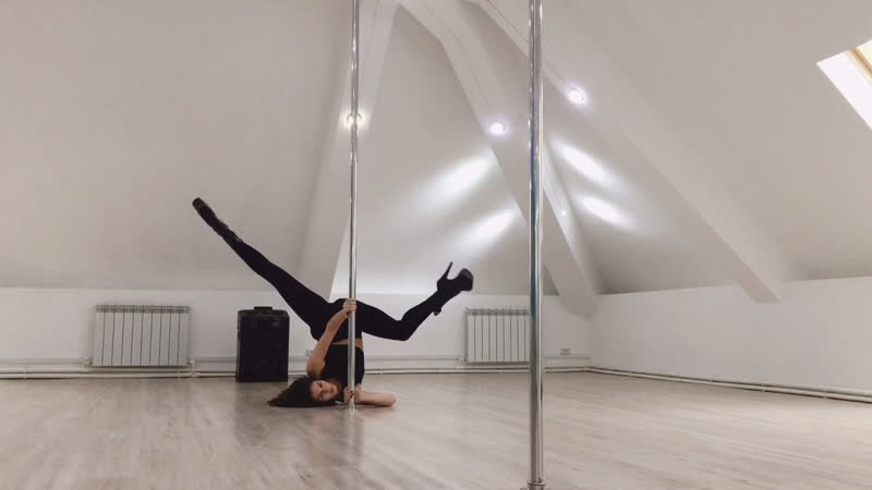 Exotic pole dance Rostov Джорохян Анна