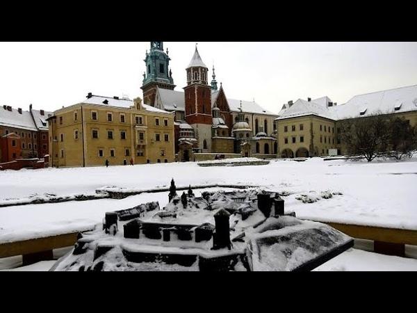 Рождество, Замок и Лебеди. КРАКОВ, Польша / Zima Kraków, Polska / Krakow, Poland