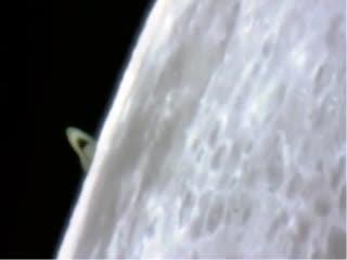 Сатурн и Луна, вид с Земли