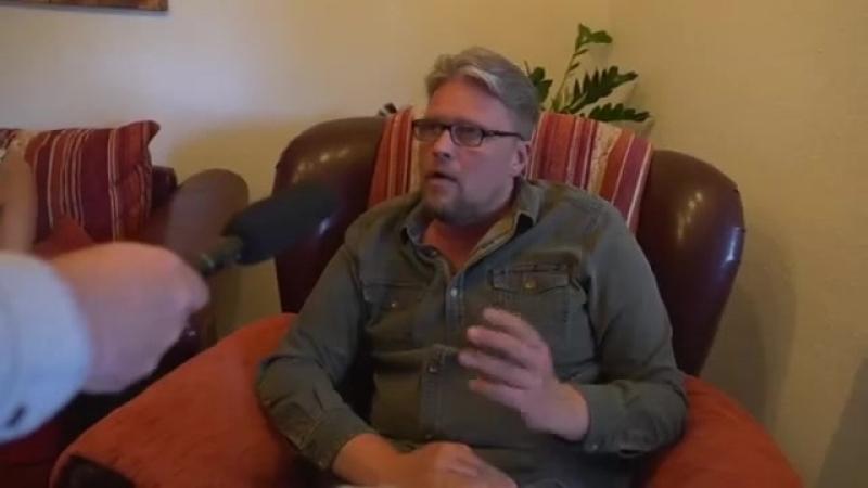 Guido Reil (AfD) lebt jetzt mit zwei Frauen [SATIRE] - Invi