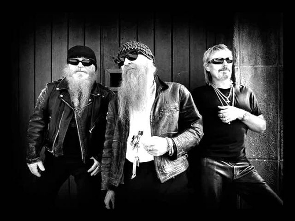 ZZ Top- Girl In A T-shirt (lyrics)