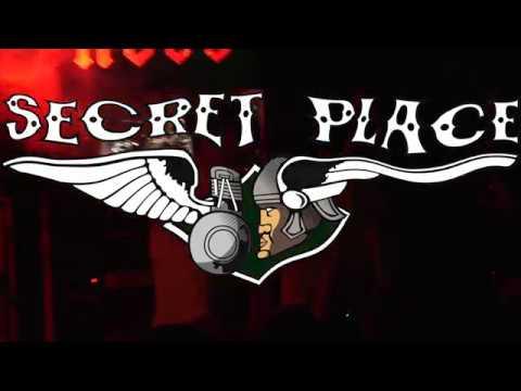 BANANES METALIK au WEEK END SAUVAGE au Secret Place vendredi 8 décembre 2018 dernier volet