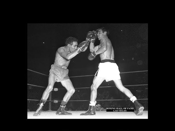 Willie Pep Beats Armand Savoie - October 1, 1952