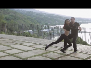 Isabelle and Félicien - kizomba in Tahiti | Não me Pede - C4 Pedro