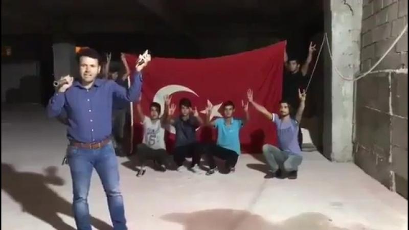 Турки уничтожают свои айфоны в ответ на американские санкции