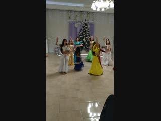 мои дочки Эльмаз и Ясмина))