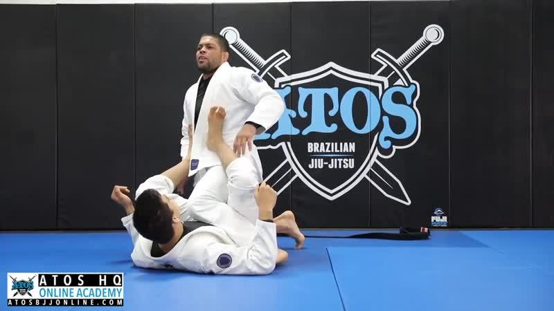 Andre Galvao - Pretzelbolo guard pass from one leg X when opponent undertook the leg
