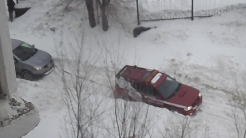 ирония в снегу застрял ангел на дорогах Оренбург 25 01 219 метель