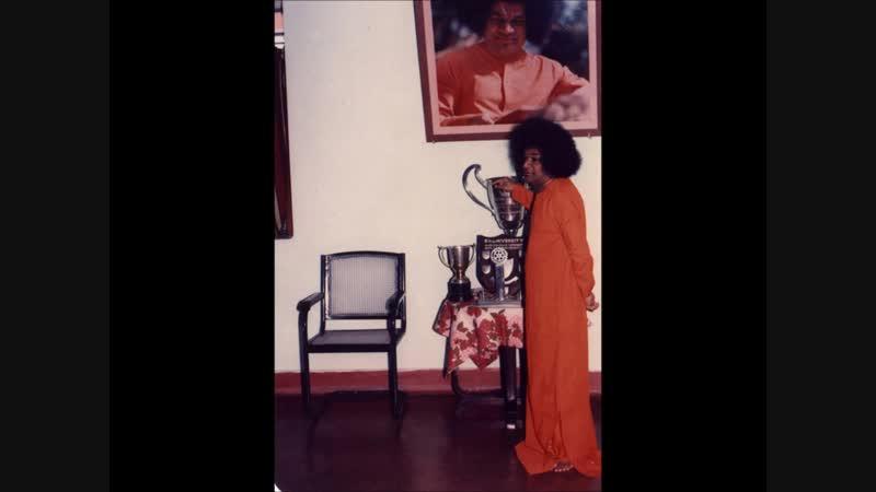 Sai Bhajan- Hari Guna Gaan Karo Mana Mero