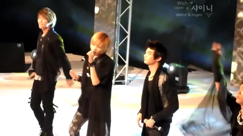 HD [FC] SHINee 110112 Hello @ Sydney Kpop Friendship Concert