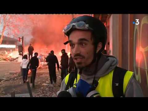 A Toulouse, la manifestation des gilets jaunes tourne à l'affrontement avec les forces de l'ordre