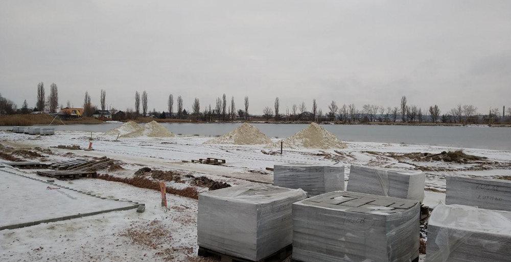 В Славянске пляж у озера Вейсового планируют отремонтировать до января