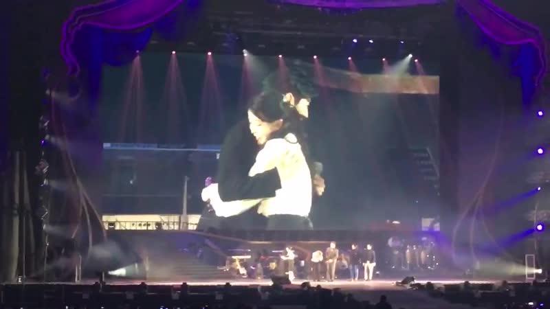 [Fancam] 181117 @ IU - 'dlwlrma' Concert in Seoul D-1 with g.o.d (cr: aloneloveiu)