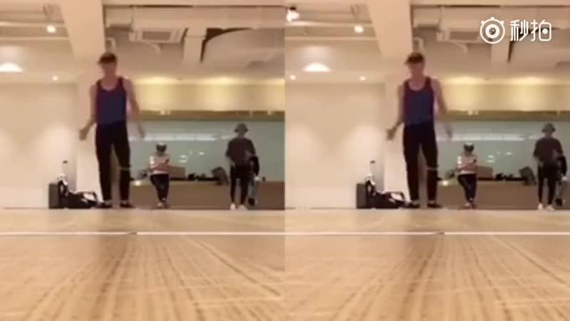 181117 Zhang Yixing_dance practice_weibo