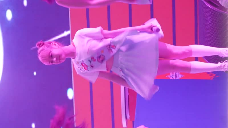 190705 Cherry Bullet - Stick Out (Bora Fancam) @ Gangwon Peace Concert