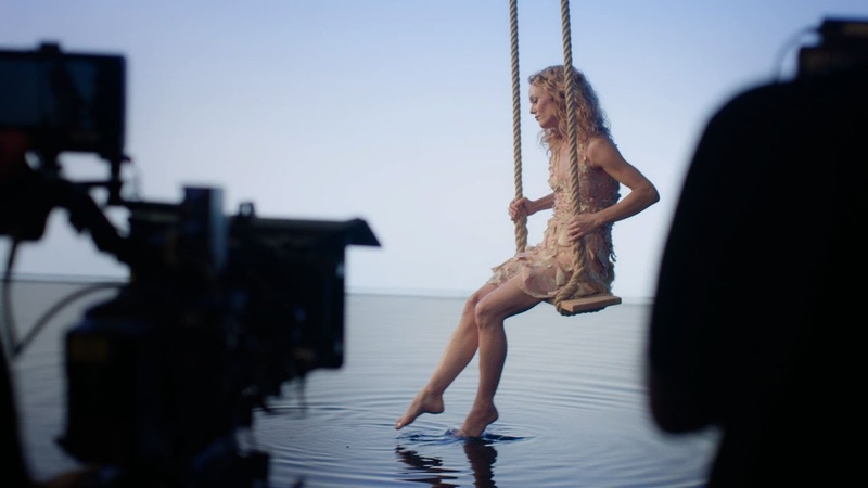 Vanessa Paradis on the set of 'Ces Mots Simples' — CHANEL