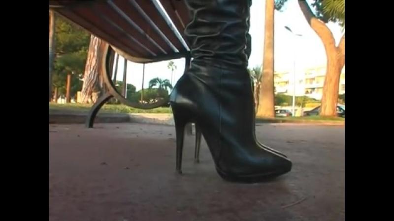 Les nouvelles bottes de Princesse iDnonJLedjM