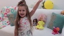 Anjelinka is playing with her dolls,Анджелинка пришла в гости к куклам