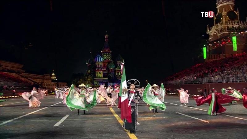 Спасская башня 2018 Творческий коллектив Банда Монументаль Мексика