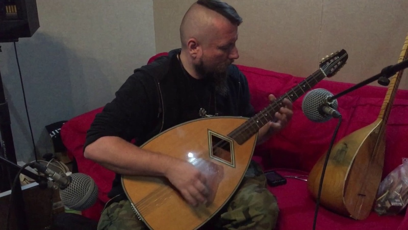 The Witcher Tales Thronebreaker recording session - bouzouki rehearsal