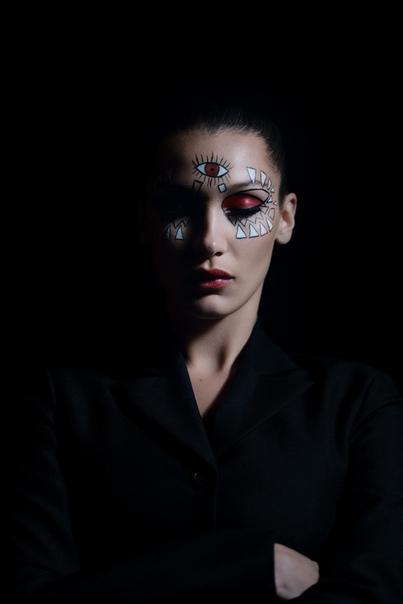 Белла Хадид Dior Makeup Halloween, 2018
