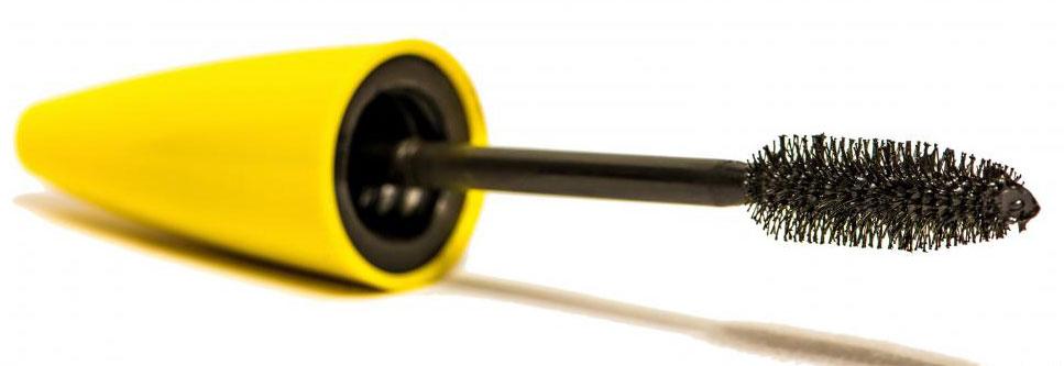 Волокнистые туши создают легкое покрытие на ресницах, чтобы сделать их более сильными, при этом они выглядят гуще и длиннее.