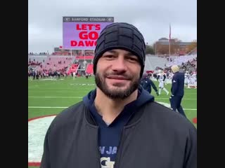Reigns on footbal game