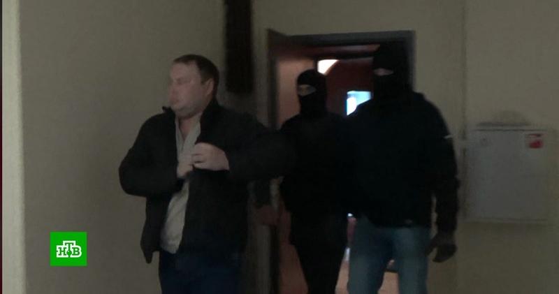 Опубликовано видео задержания экс-прокурора Шаретдинова в Уфе » Freewka.com - Смотреть онлайн в хорощем качестве