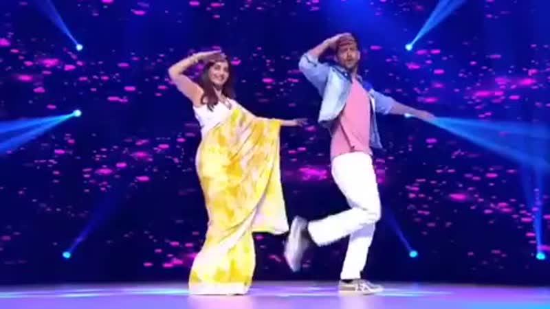 Ритик Рошан и Мадхури Дикшит на шоу DanceDeewane (видео 2)