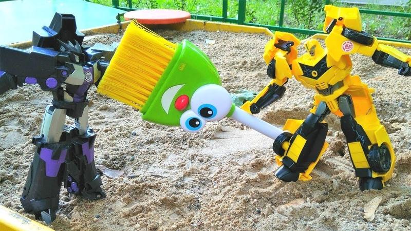 Transformers oyunu. Optimus Prime ve Bumblebee Decepticonslara karşı!