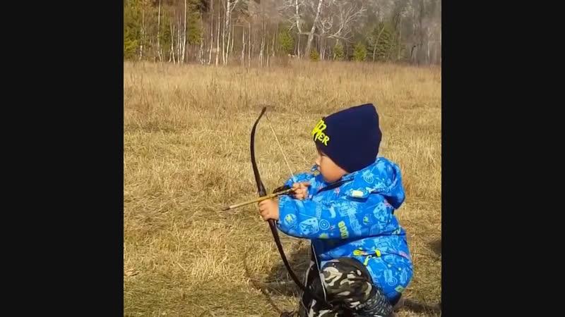 Ему 3 года. Башкирский лучник
