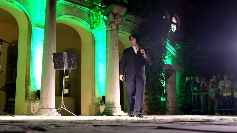 Выступление латиноамериканского оперного певца — Игнасио Гомез Урра