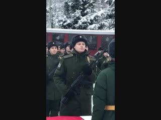 Так принимают присягу в действующей арми. Наш выпускник Егор Машков принял присягу на верность Родине!