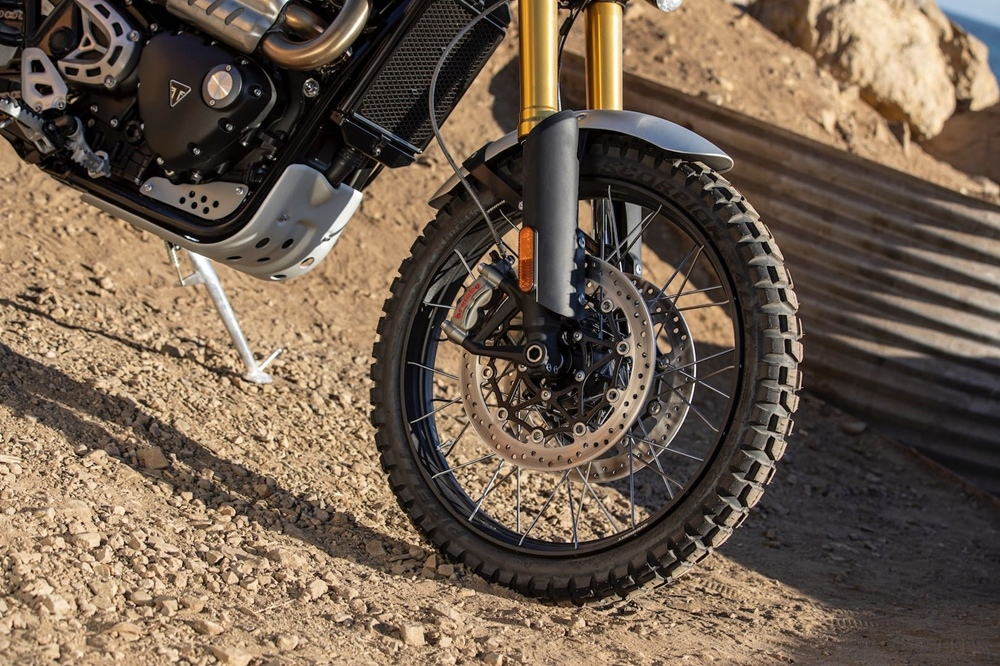 Новые мотоциклы Triumph Scrambler 1200 XC / XE 2019