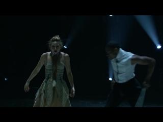 Magda-Darius-Perform-to-Glass-Heart-Season-15-Ep-14