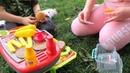 Azra ve Arın Piknikte Mangal Yapıyor / Eğlenceli Çocuk Videoları / Fun Kids Video