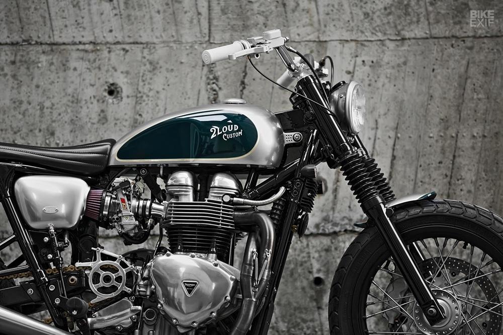 2LOUD Custom: стрит-трекер Triumph Bonneville