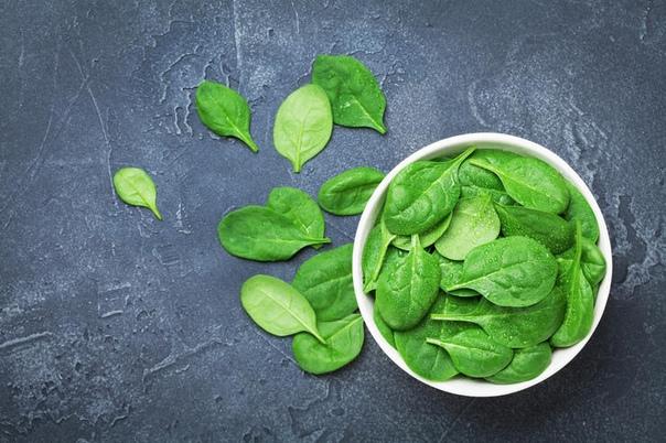 единственно правильный способ есть шпинат - мнение ученых шпинат - полезнейший овощ. из него можно приготовить закусочный пирог или итальянского ротоло, сделать с ним салат, соус или добавить в