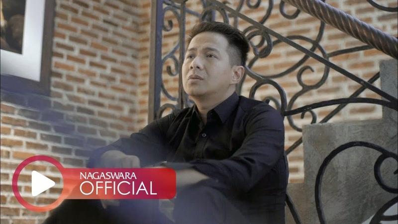 Delon Aku Ingin Kembali Official Music Video NAGASWARA music