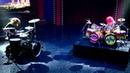 Dave Grohl, en duelo de batería ante 'Animal'