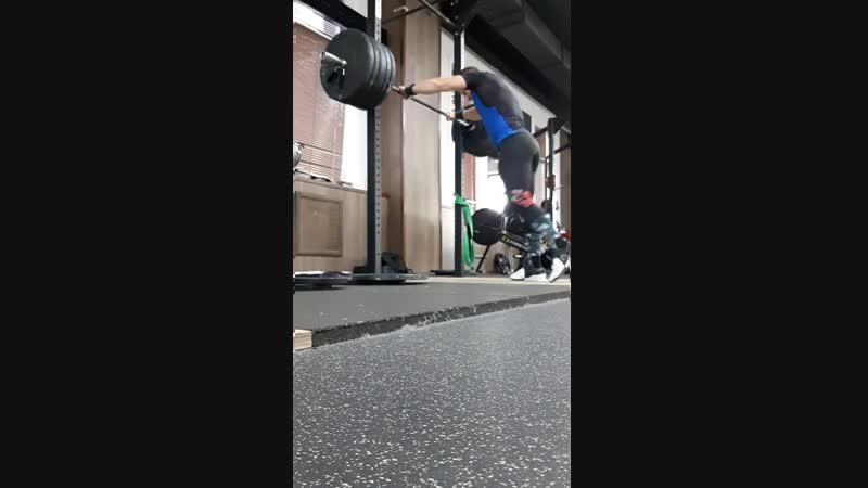 моя тренировка( присед на груди-130 на 6. рыаок  моя тренировка