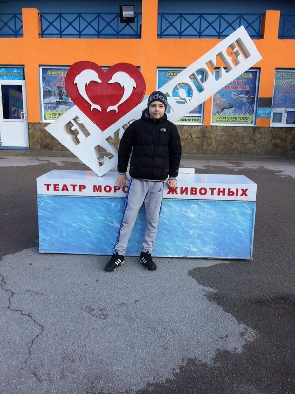 Anton Tsvinenko |