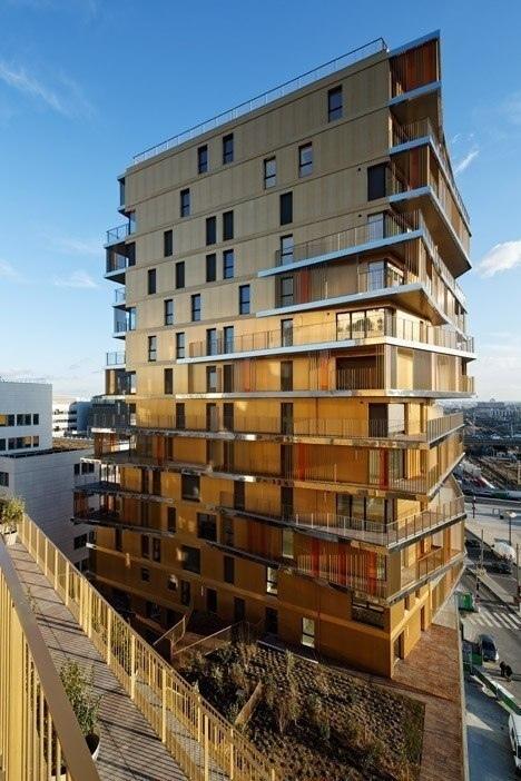 Самый высокий парижский жилищный блок за 40 лет завершился