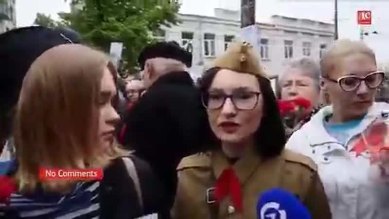 Есть прекрасные люди в Киеве. - Те, кто недостоин даже их памяти, будет ещё что-то мне мне запрещать!